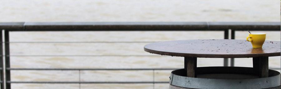 Restaurant Le Ré à Bord'eau Village sur les quais de la Garonne à Bordeaux